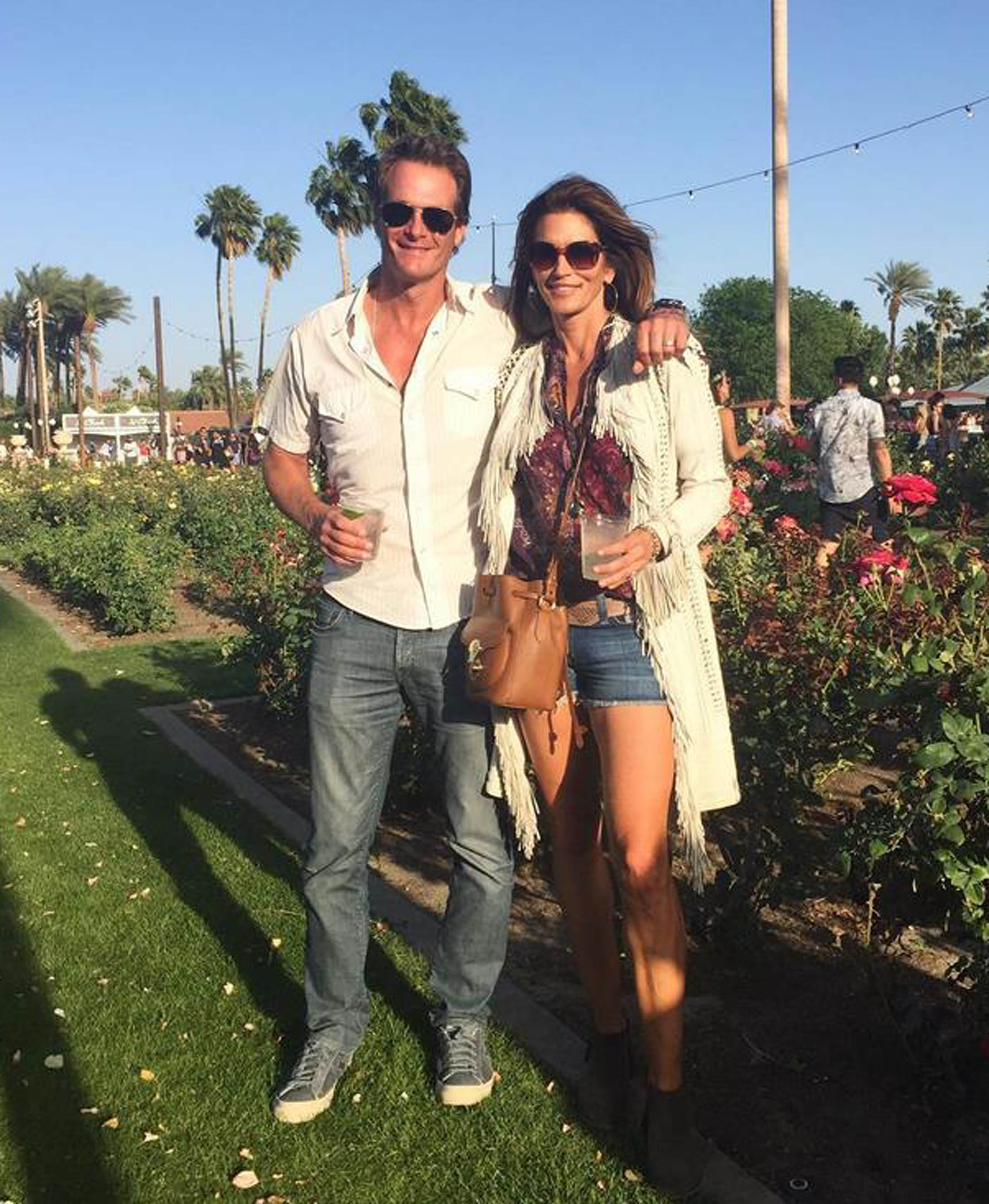 17-4-2016 Cindy Crawford with husband at Coachella Pictured: Cindy Crawford Rande Gerber PLANET PHOTOS www.planetphotos.co.uk info@planetphotos.co.uk +44 (0)20 8883 1438