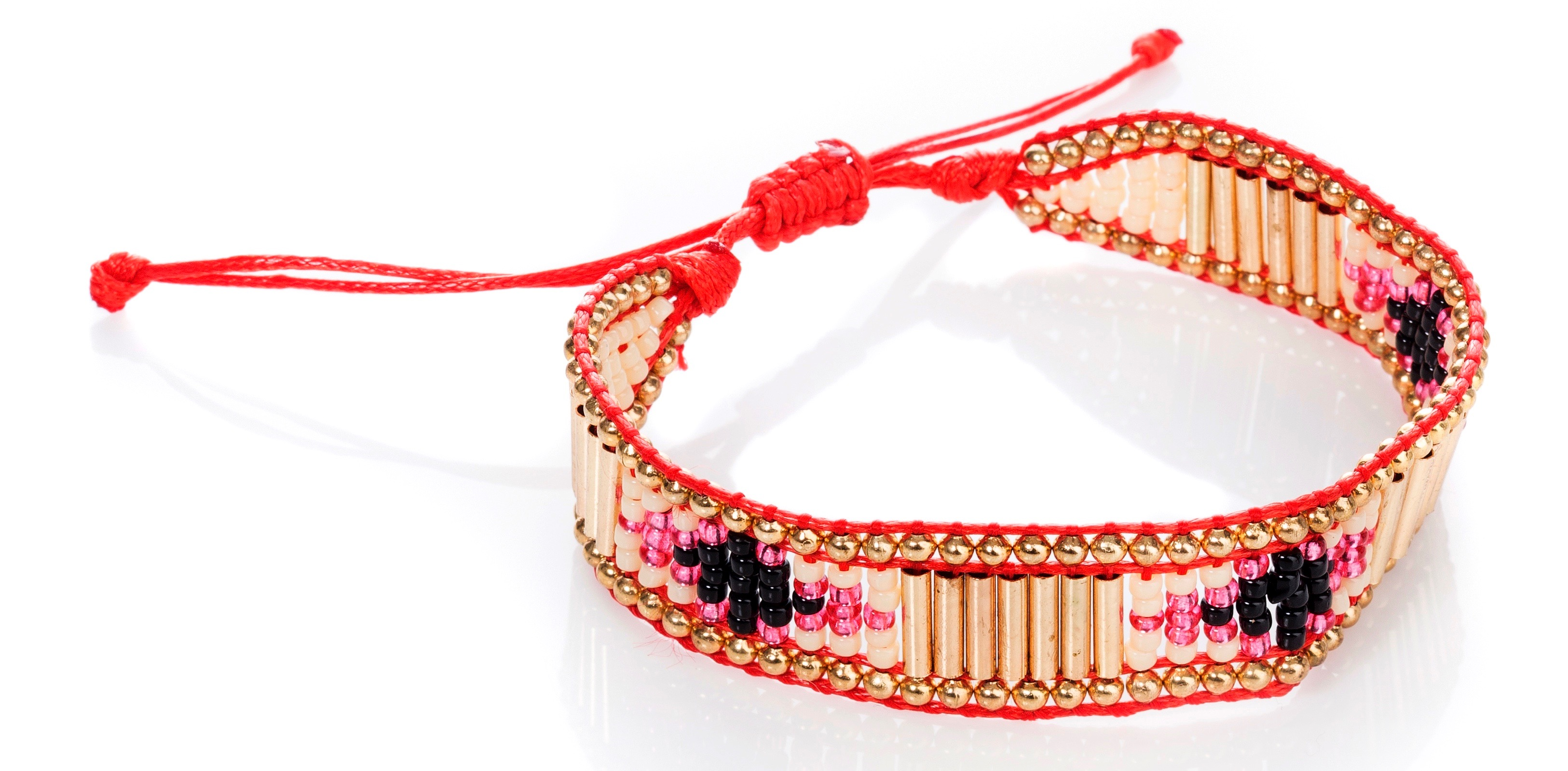 Exclusive by AMUST Bohemian bracelet small_ red DKK 199 NOK 259 SEK 259 EUR 27