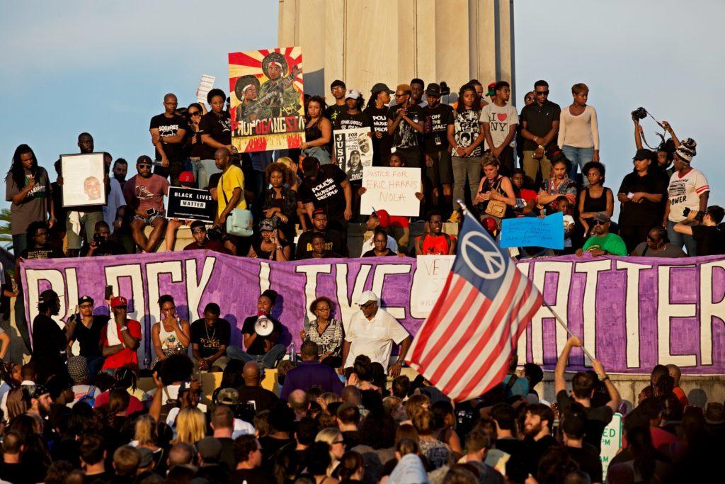 Flere tusinder har demonstreret over hele USA for Black Lives MAtter-sagen. (Foto: Polfoto)