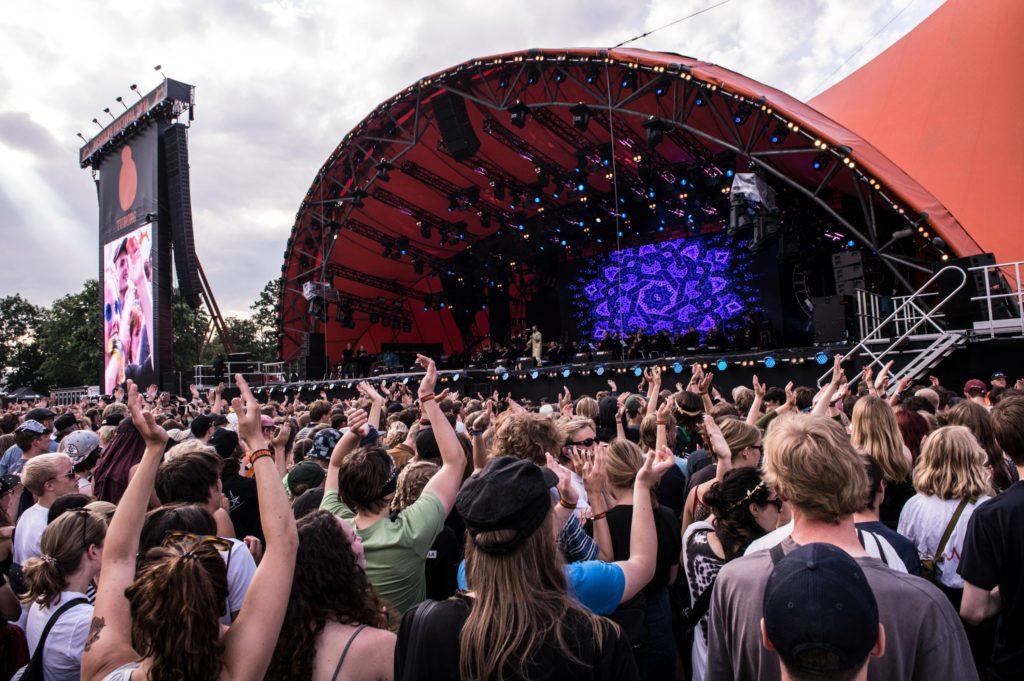 Roskilde Festival, ros, roskilde, festival, fest, musik, kultur, sikkerhed, politi, terrortrussel, terror, afspærringer, pet, trussel, festivalgæster,
