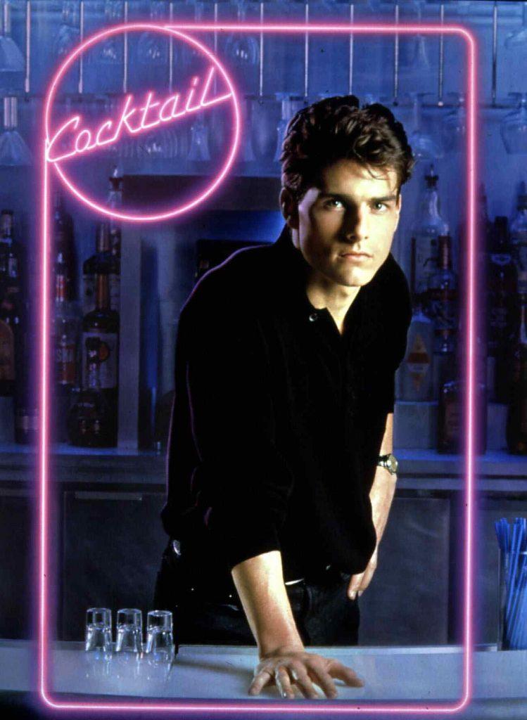 Cocktail Tom Cruise Brian (Tom Cruise) hat das Cocktail-Mixen professionell gelernt und ist stolz auf sein Koennen. - 01.01.1988-31.12.1988 Es obliegt dem Nutzer zu prüfen, ob Rechte Dritter an den Bildinhalten der beabsichtigten Nutzung des Bildmaterials entgegen stehen.