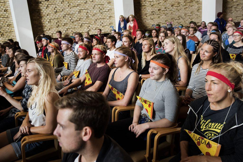 Her er vi med til studiestart på Aarhus Universitet. Hver sjette dropper ud inden første år på studiet. (Foto: Polfoto)