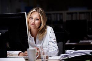 job karriere kvinde kontor arbejde