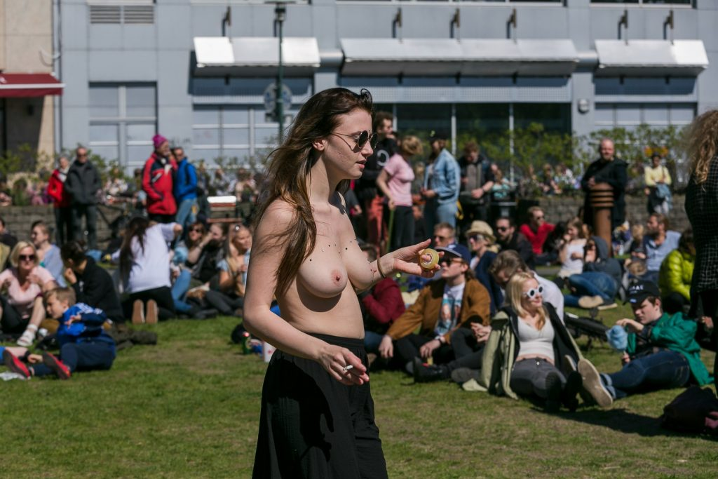 FreeTheNipple Campaign In Iceland (Foto: All Over)