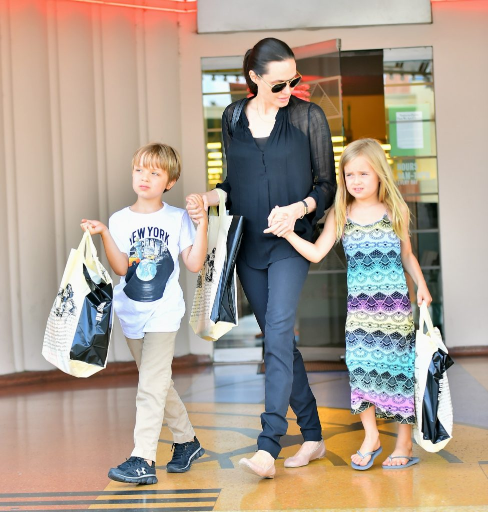 Angelina Jolie takes her children Knox and Vivienne shopping at Barnes & Noble in Studio City Featuring: Angelina Jolie, Knox Jolie-Pitt, Vivienne Jolie-Pitt Where: Los Angeles, California, United States When: 19 Jul 2015 Credit: WENN.com