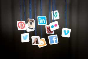 Sarah brugte de sociale medier til at få job som nyuddannet. (Foto: All Over)
