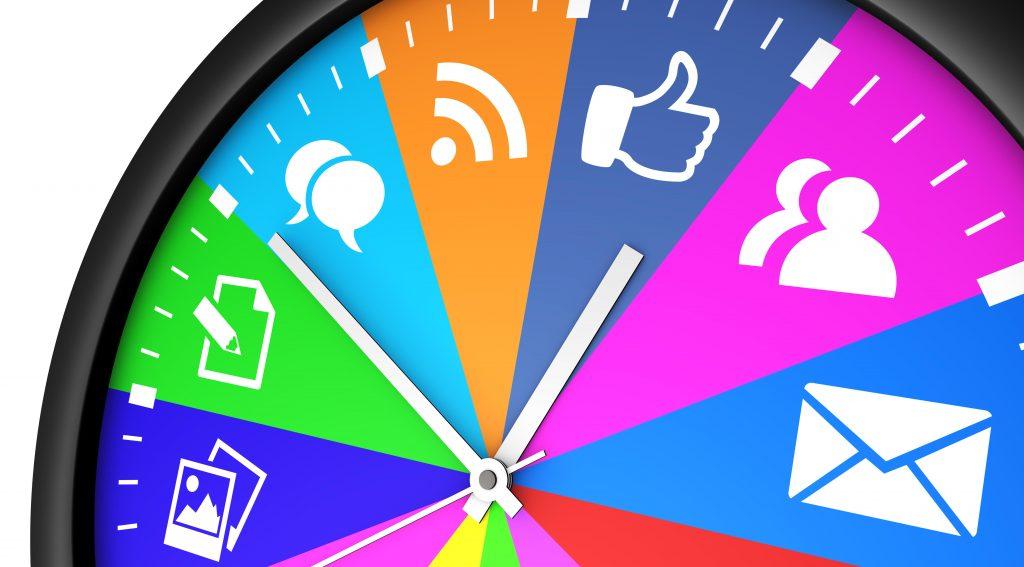 Råd til morgenrutinen: Sådan bliver du hurtigere klar om morgenen Sociale Medier