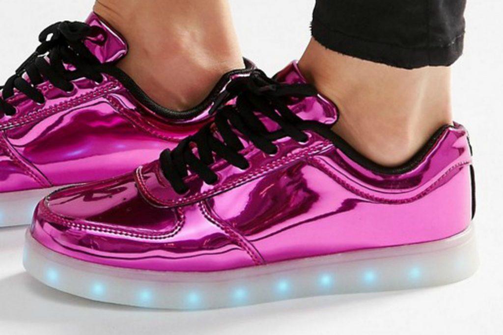Wize & Ope sneakers med lysende sål