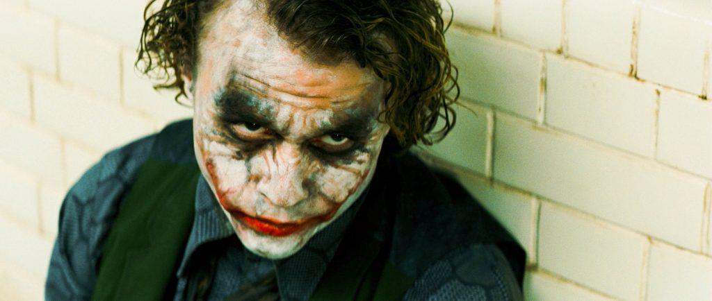 Heath Ledgers fortolkning af den sindsfovirrede klovnekarakter Joker er en af de mere moderne tolkninger af den skøre klovn. Foto: All Over).
