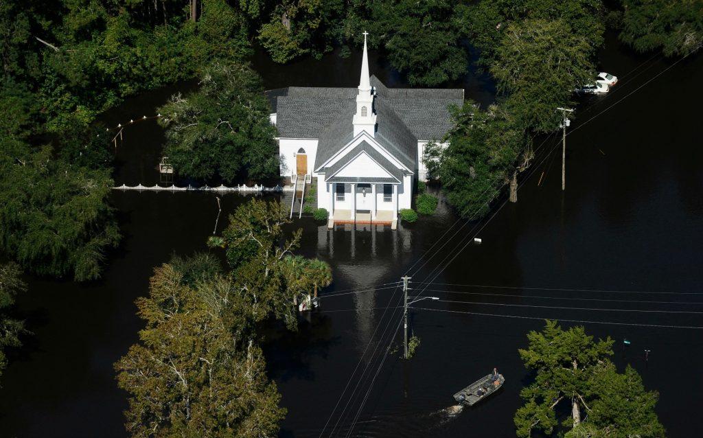 Matthew forsager kæmpe oversvømmelser i North Carolina