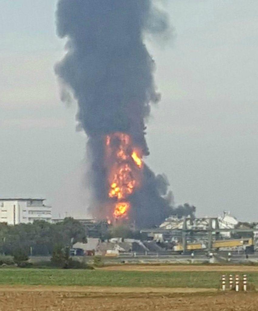 Stor eksplosion på en af verdens største kemikaliefabrikker