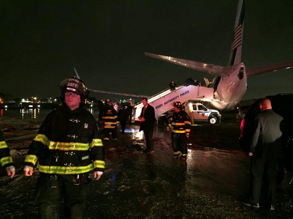 Fly med Trumps vicepræsident skred af landingsbane. (Foto: Polfoto)