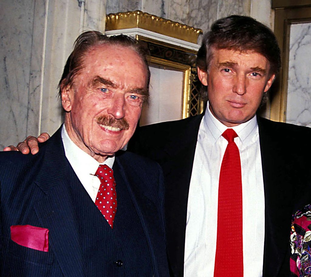 Donald Trump med sin far Frederick Trump. (Foto: All Over)