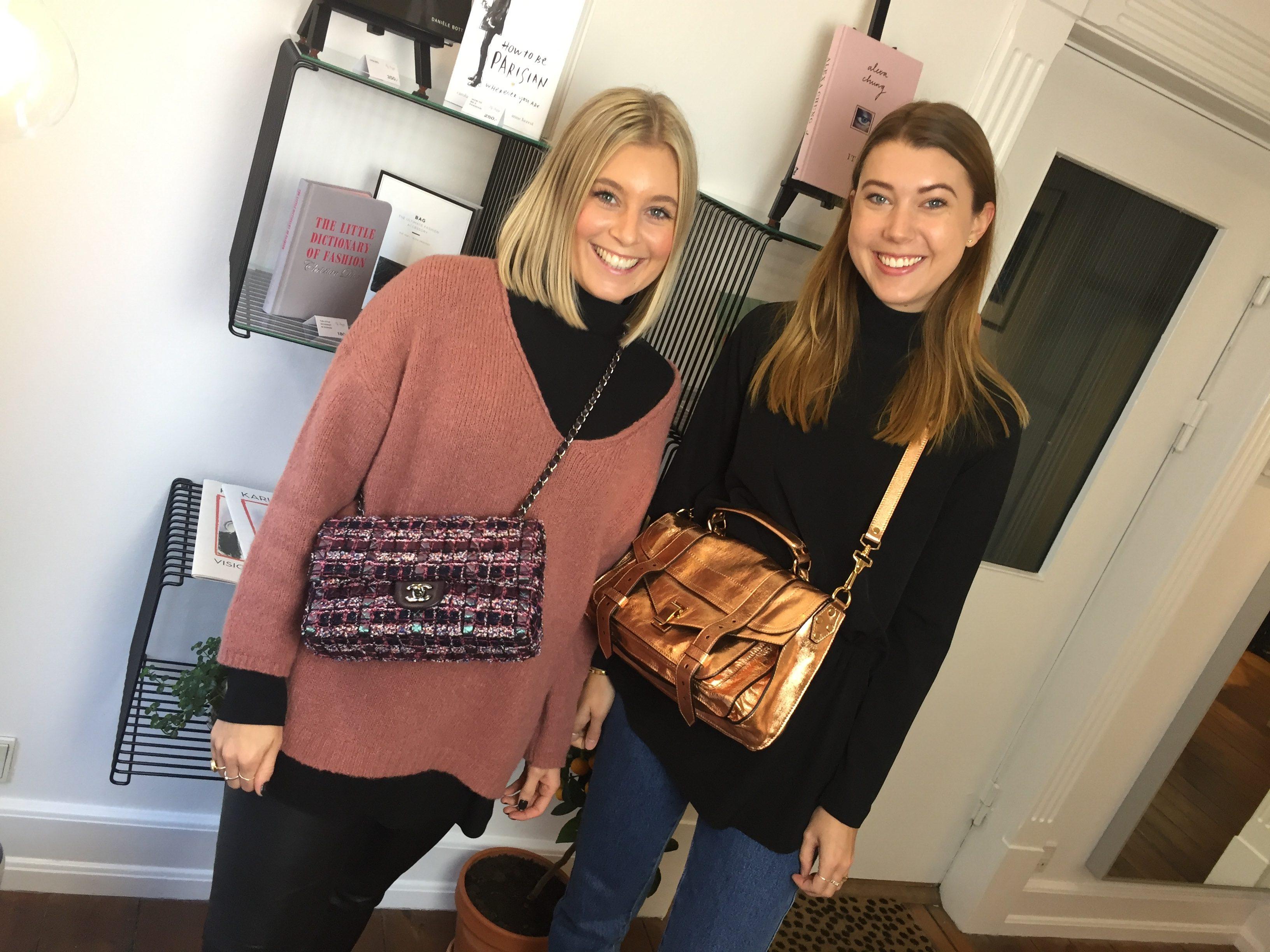 Louise og Christina fra My Bagup poserer med taskerne (Foto: MDS)