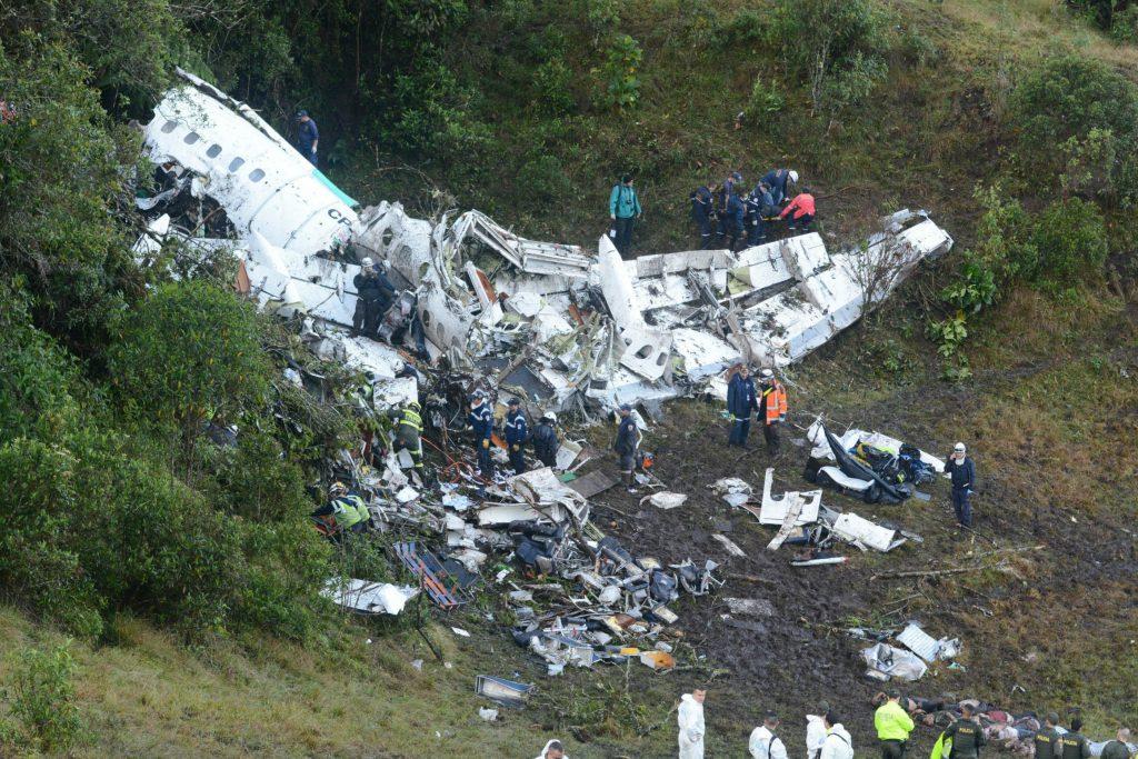 76 ud af 81 personer dør i columbiansk flystyrt