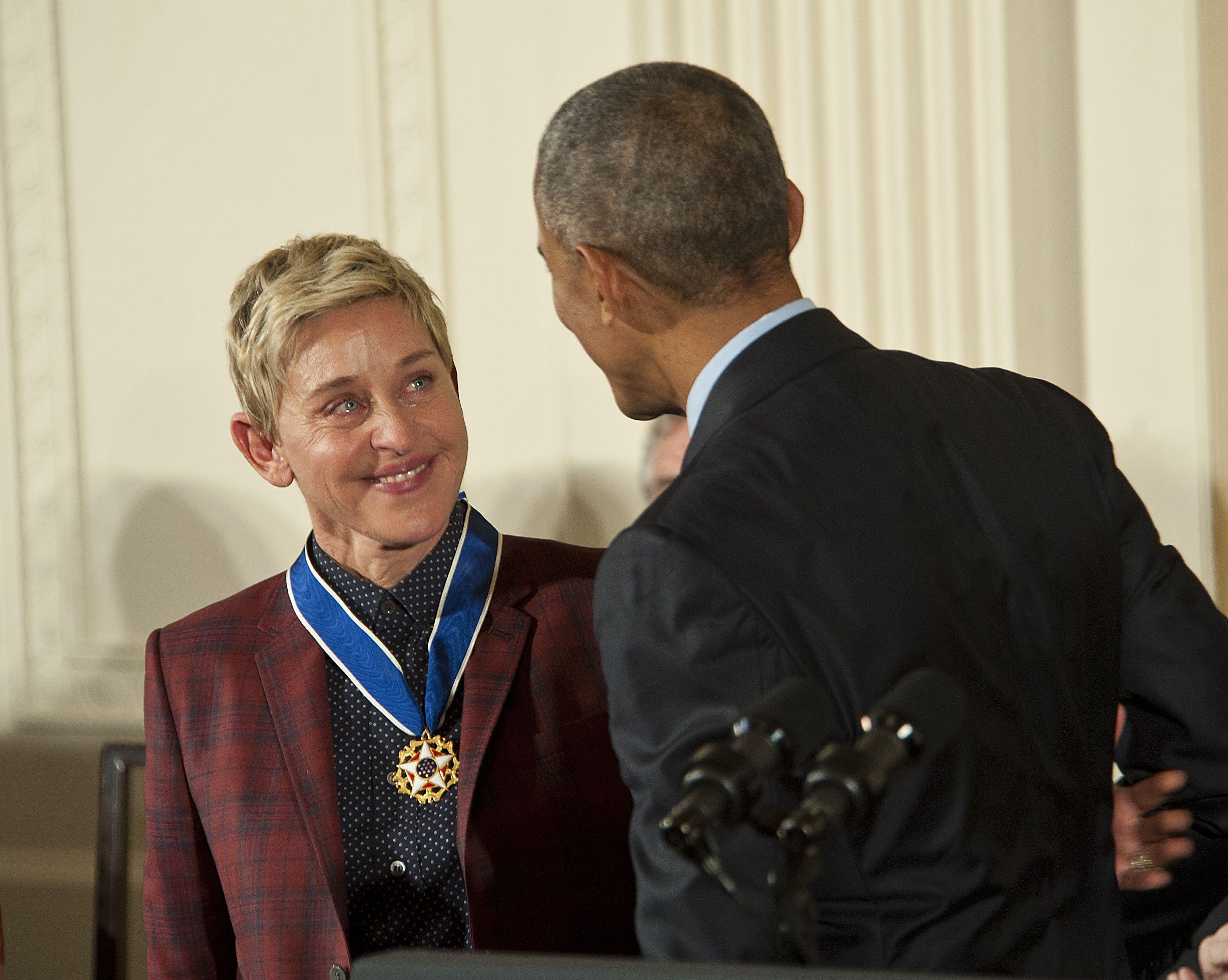 Ellen DeGeneres modtager medalje fra Obama i 2016 (Foto: All Over)