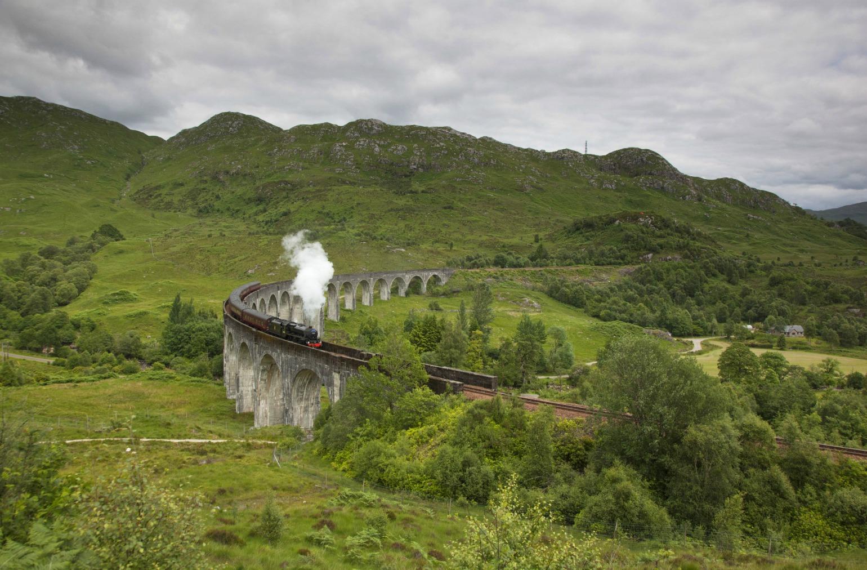 Hvis du tager på trekking i Skotland, kan du også se Harry Potter toget (Foto: All Over)