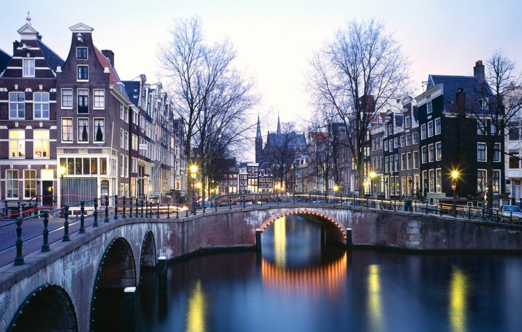 Endnu en storby går ind i kampen mod Aibnb - Amsterdam