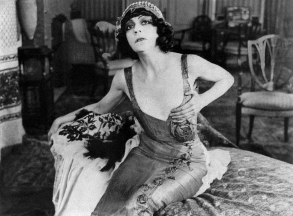 asta nielsen, skuespillerinde, stjerne, international, kvinde, den første, verdens første, stumfilm