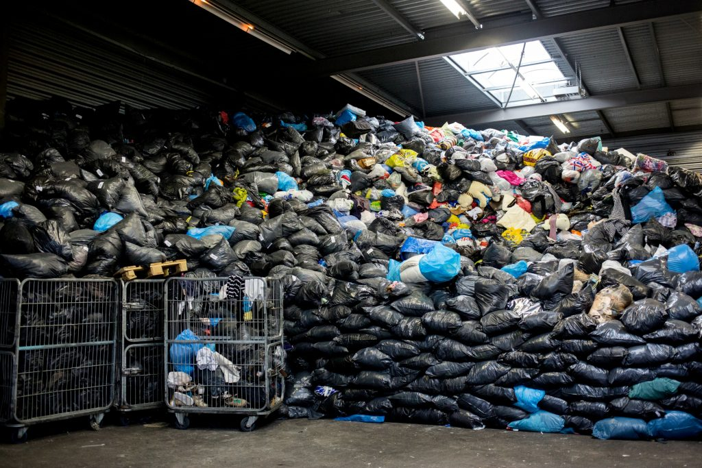 afrika, genbrugstøj, genbrug, tøj, nødhjælp, tekstil, tekstiler, tekstilindustri, asien, tøjimport, beskæftigelse