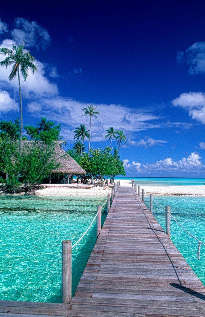 bora bora, tahiti, fransk polynesien, blåt vand, hav, strand, badebro, krystalklart vand