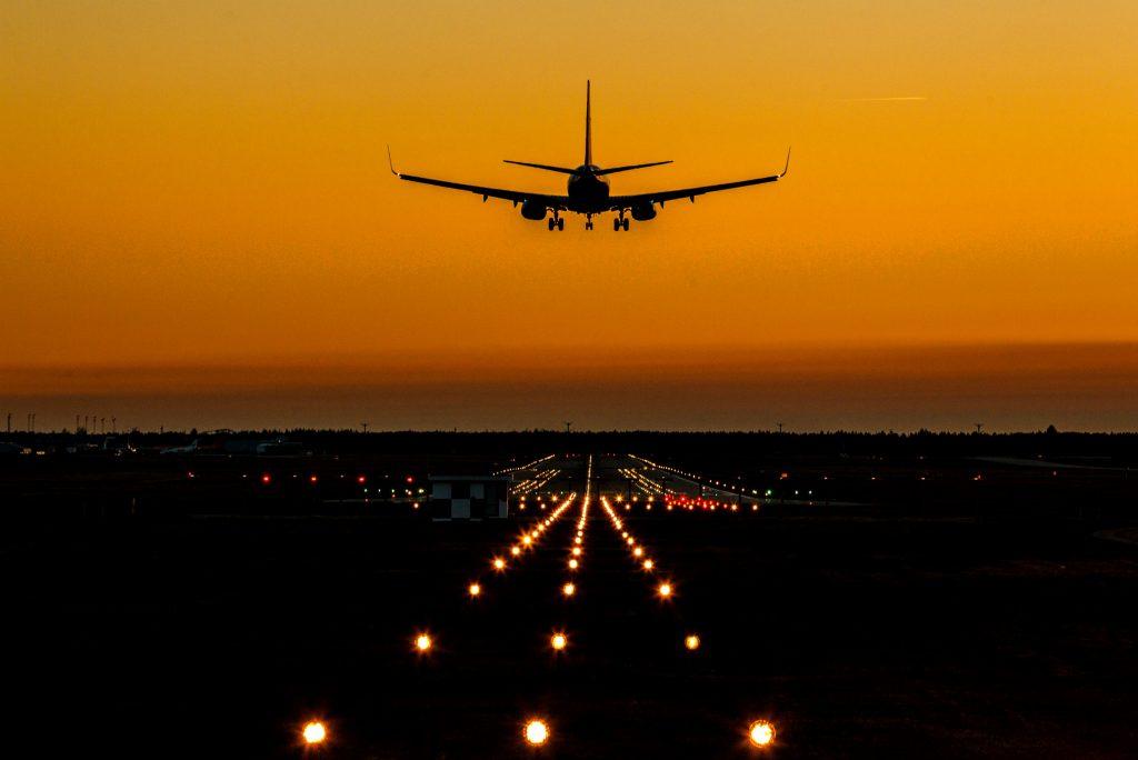 billund lufthavn, lufthavn, sikkerhed, danmark, medarbejdere, ansatte, hænder, sikkerhed, sikkerhedsprocedurer, forsinkelser, rejser, fly,