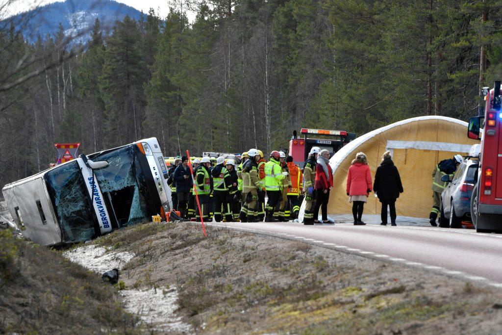 ulykke, bus, sverige, dødsulykke, børn, skiferie, døde, sårede, kvæstede