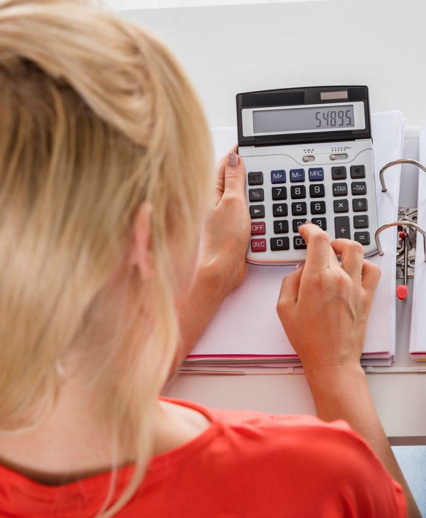 budget, lommeregner, regnemaskine, penge, forbrug, udregning, matematik, opsparingen