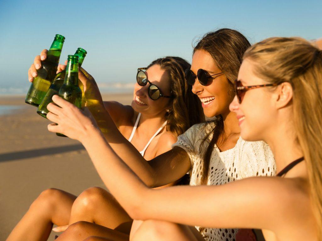 fest strand beach party øl sommer
