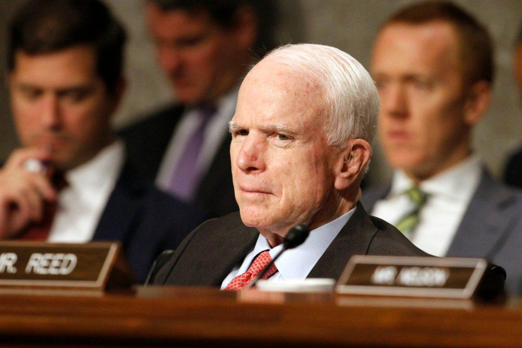 john mccain, politik, usa, amerika, tumor, cancer, kræft, hjernen, hjernekræft, hjernetumor, sygdom, kroppen