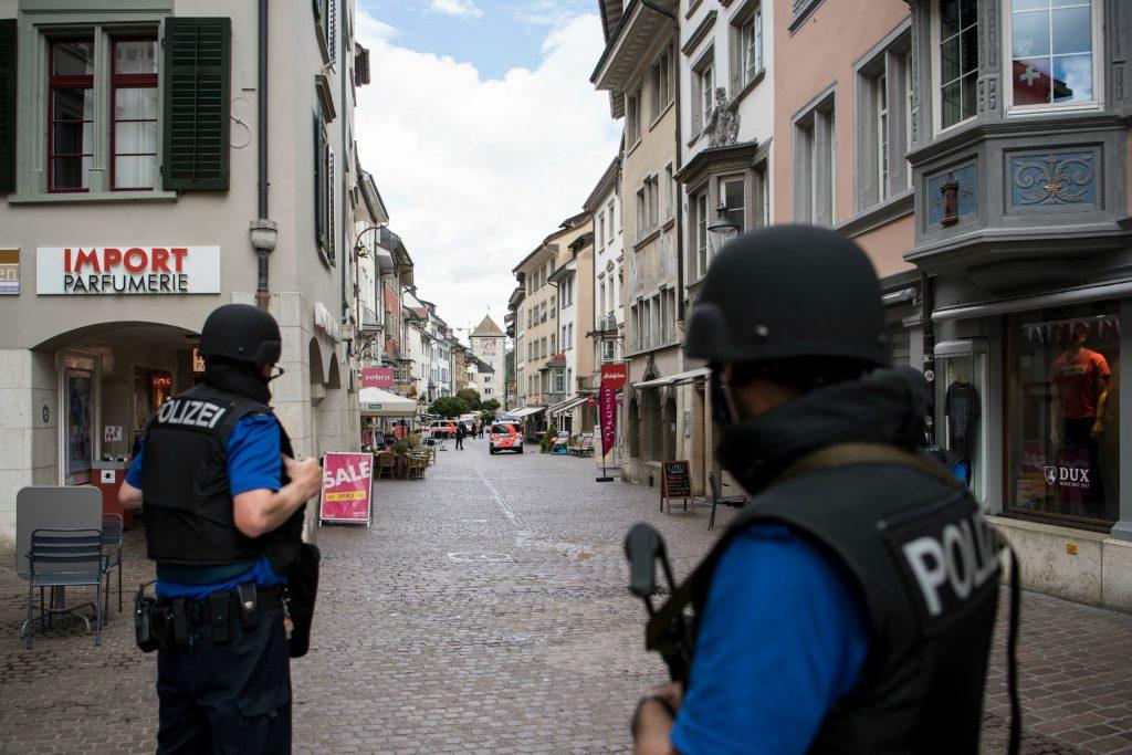 schweiz, scweizisk, schaffhausen, angreb, sårede, politi, krimi, gerningsmand,