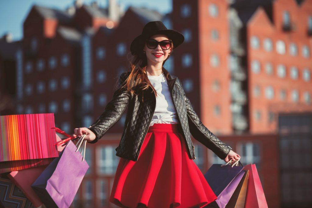 shopping, shopper, kvinde, shoppingposer, købe ind, spare penge