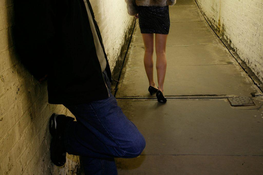 frygt, overfald, kvinder, mænd, krimi, politi, aften, nattetimer, usikkerhed,