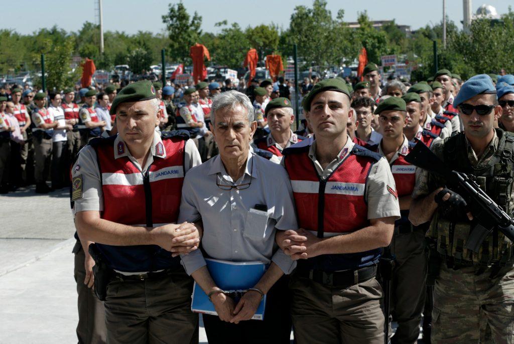 tyrkiet, erdogan, kup, kupforsøg, retssag, anklage, militær, statskup, domstol, journalister, politk, politiske modstandere