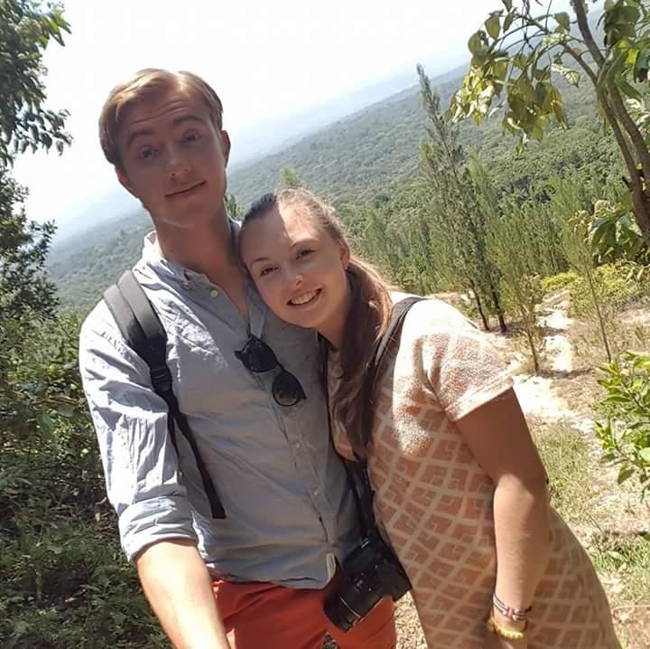 par, tur, skov, kærlighed, forelskelse, parforhold, tinder, kærlighed