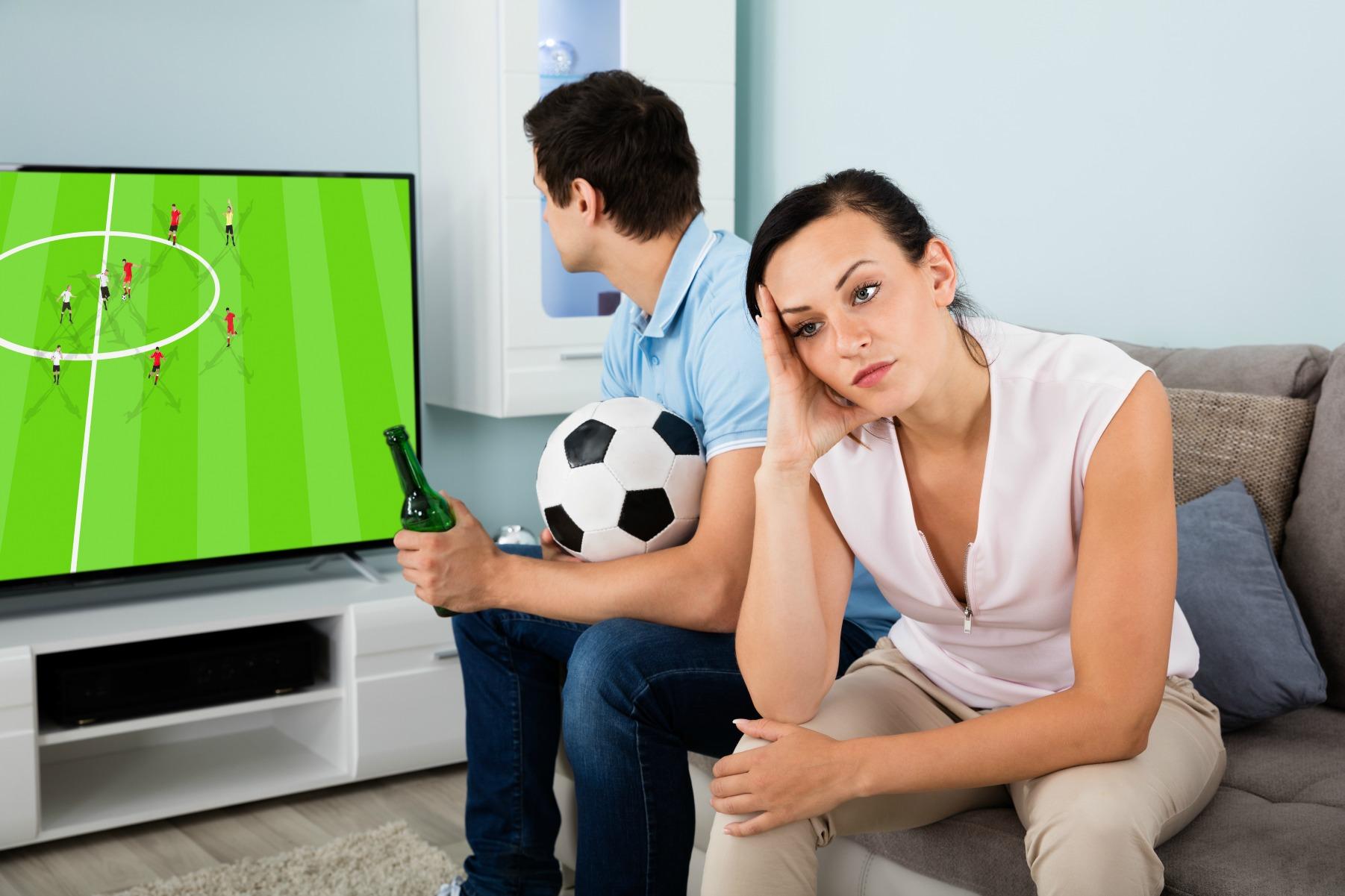 fodbold, tv, par, forhold, kæreste, kvalitetstid, flytte sammen