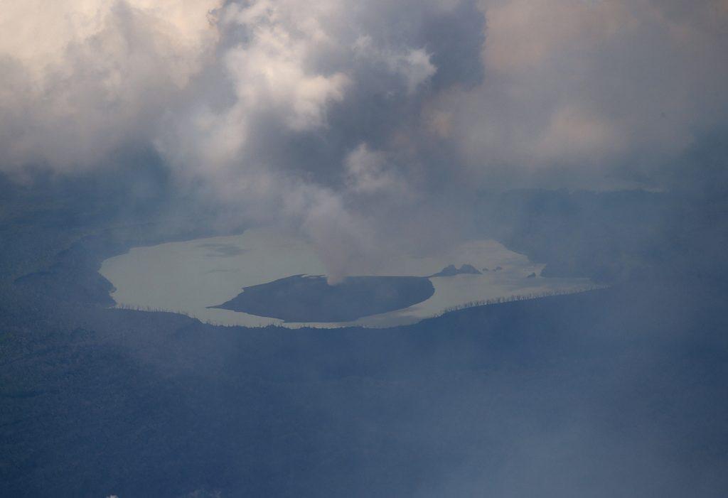ambae, monaro, stillehavsø, ø-stat, ø, evakueret, vulkan, vulkanudbrud, stillehavet,