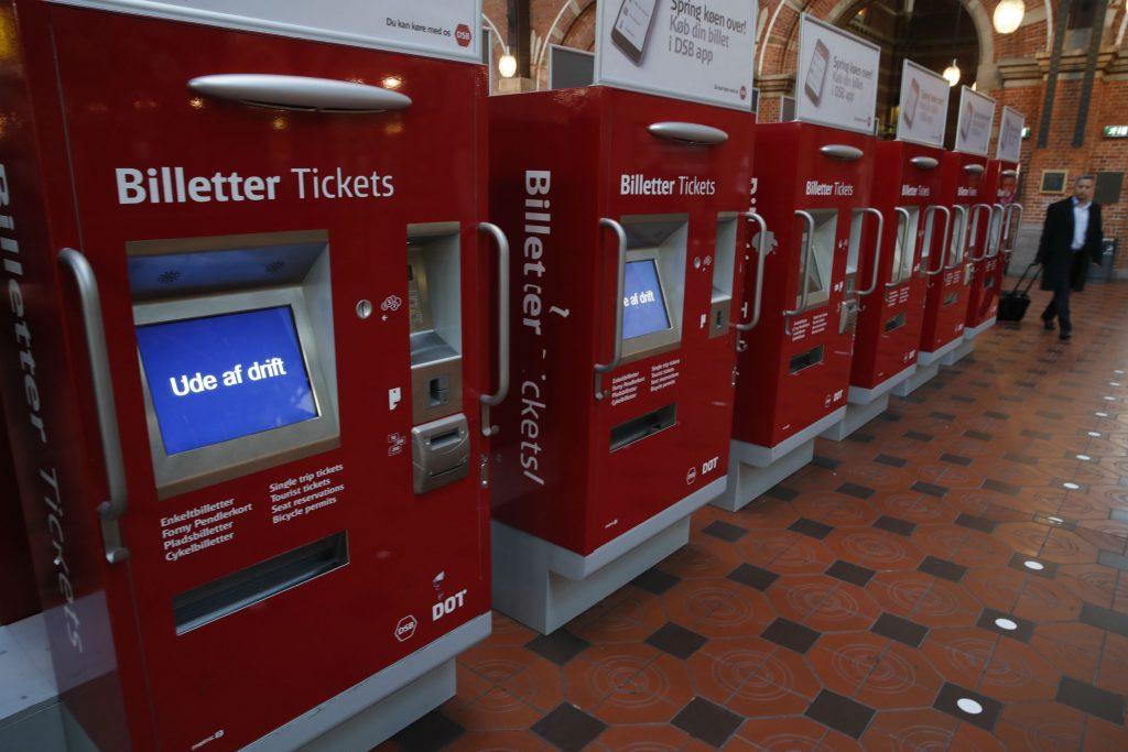 dsb, billet, billetsystem billetautomater, billetter, togbillet, tog, offentlig transsport, kollektiv trafik, rejsekort