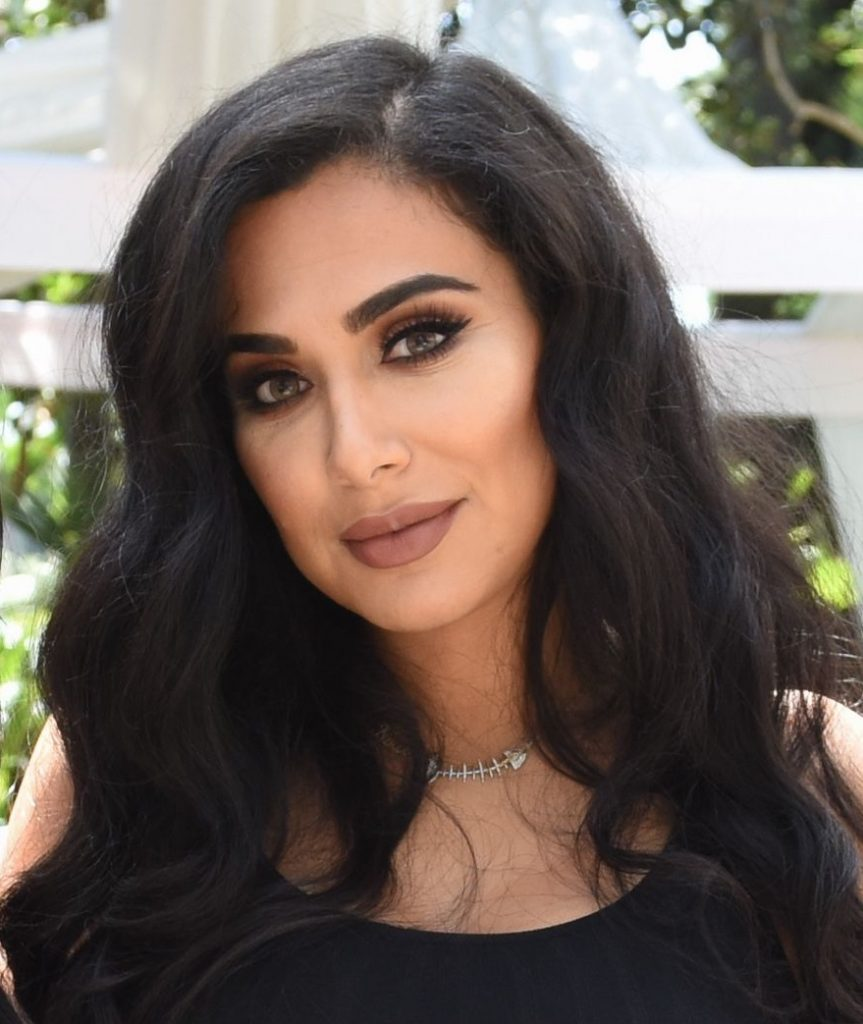 Huda Kattan (Huda Beauty) til en Marc Jacobs-fest i Beverly Hills i juli. (Foto: All Over)