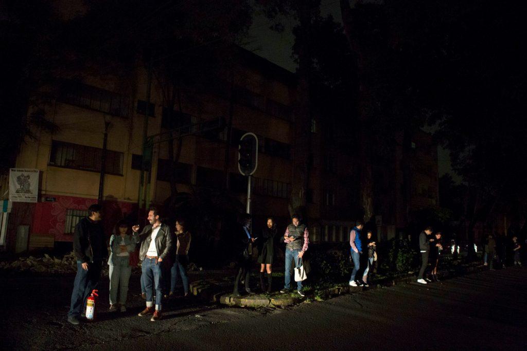 mexico, jordskælv, richter-skalaen, evakueret, døde, omkomne, sårede,