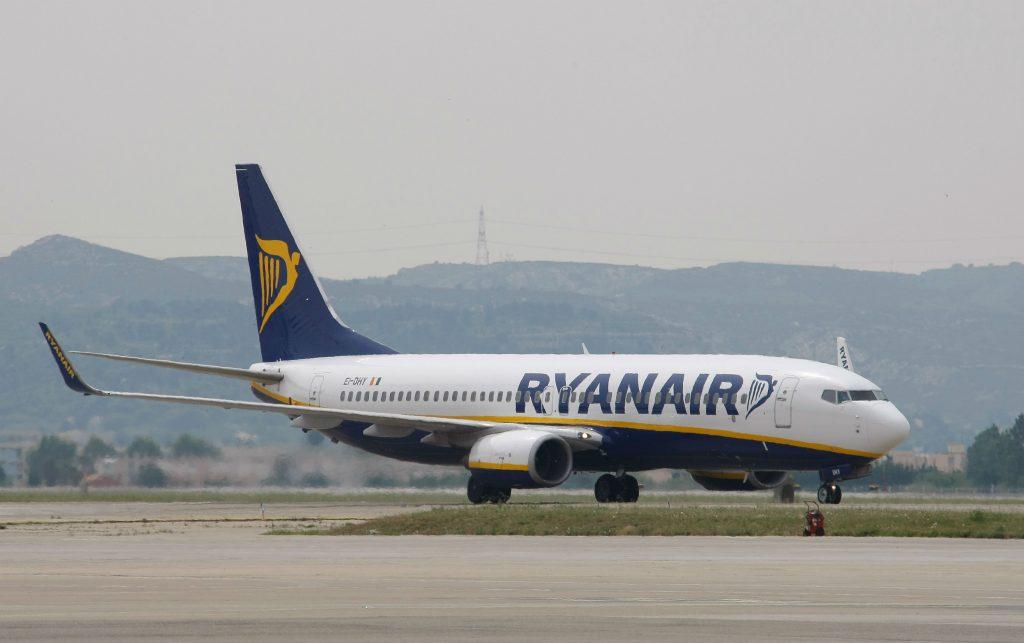 ryanair, fly, flyselskab, lavprisselskab, michael o'leary, piloter, ferie, flyafgange, danskere, flypassagerer