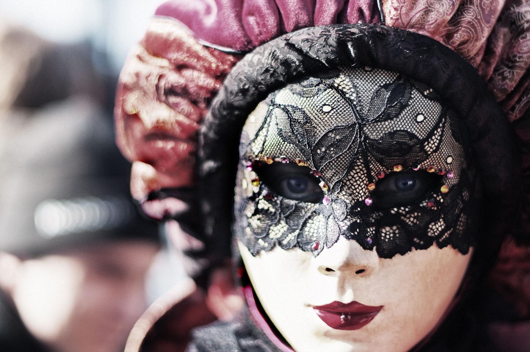 Husk udklædningen, når Lambda holder halloweenfest. (Foto: Pexels)