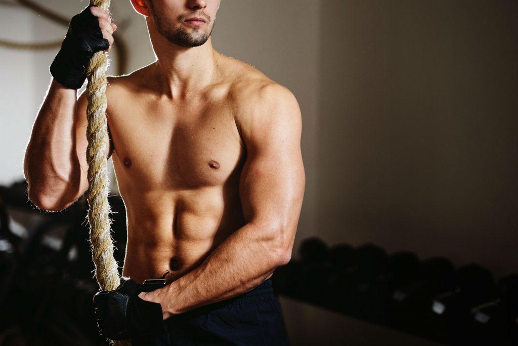 cross fit, træning, konkurrence, ghd, ghd-øvelse, nyresvigt, indlagt, indlæggelse, overanstrengelse, syg, styrketræning, eliteatlet