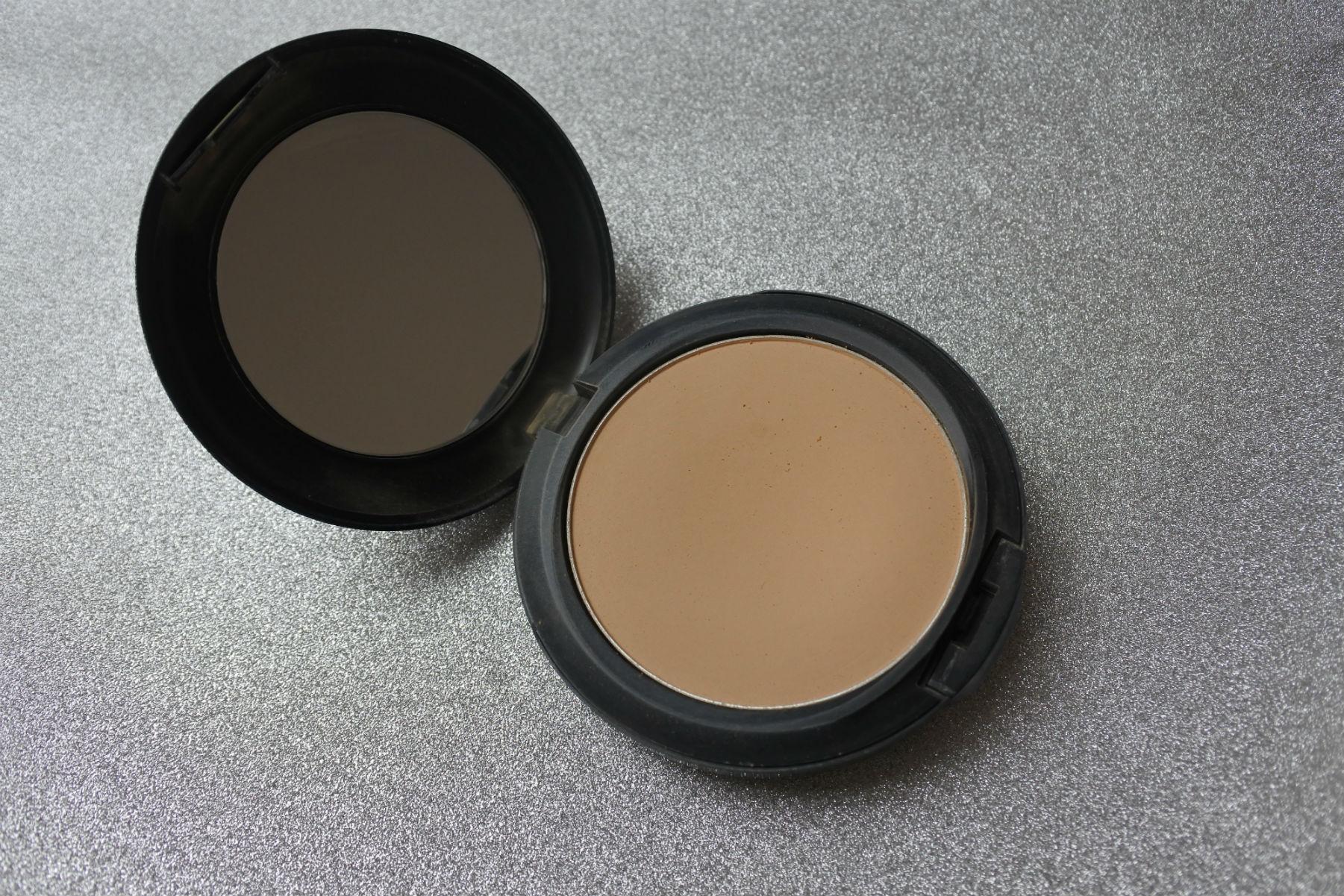 makeup, uundværligt, foundation, pudder, beautyprodukter, beauty, skønhed
