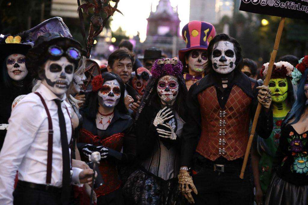 la calavera catrina, mexico, de dødes dag, død, skeletter, skelet, kranier, maling, udklædning, allehelgen, tradition, historie, religion, katolicisme,