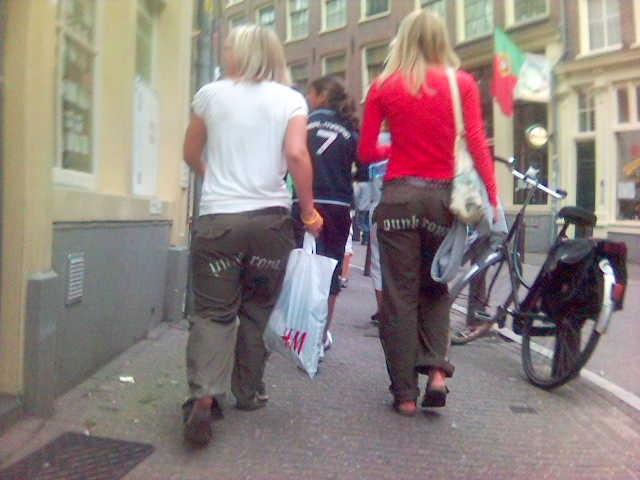 Punk Royal. Så mangler der bare en gennemsigtig D&G-undertrøje, så kører vi. (Foto: Paul Keller, Visualhunt / CC BY)
