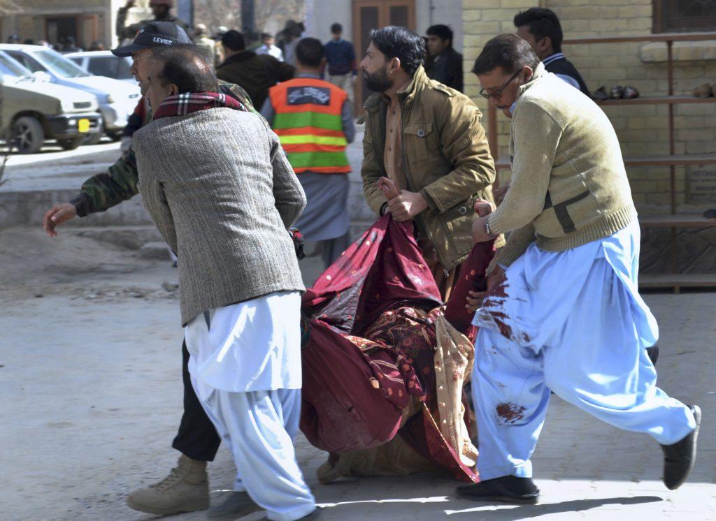 pakistan, sekvmordsangreb, bombe, bombeangreb, kristen, kristne, gudstjeneste, kirke, pakistan, islamisk stat, is