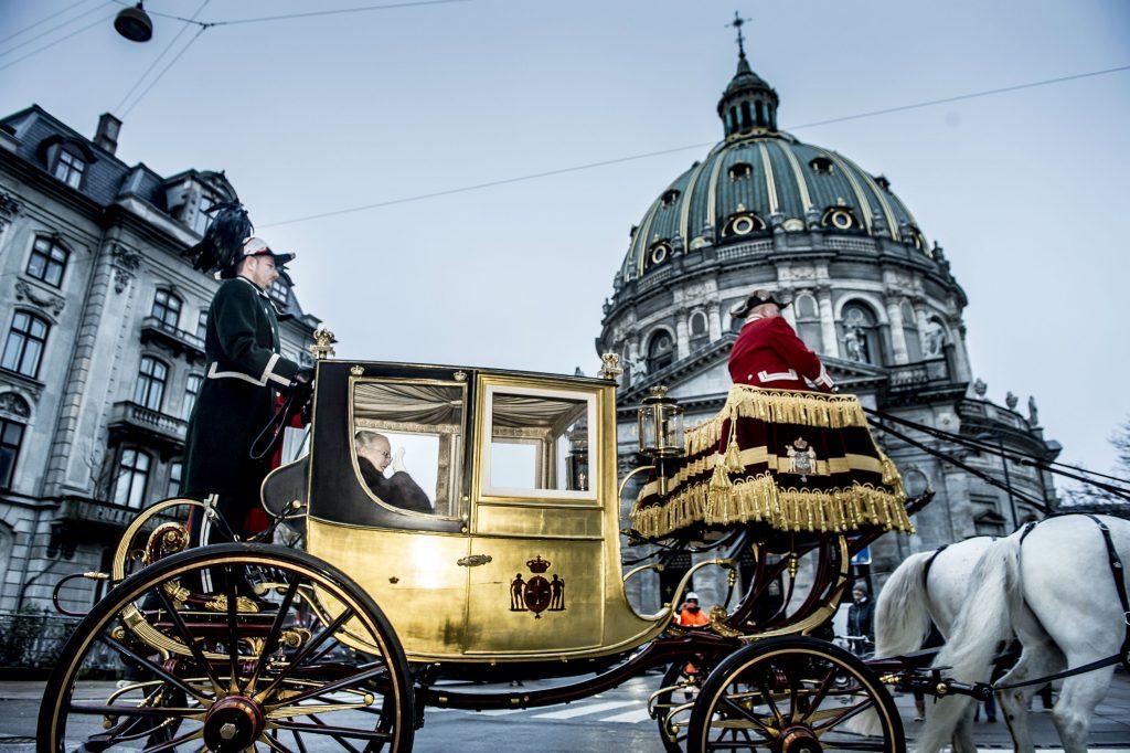 karret, guldkarret, dronning, dronning margrethe, royal, nytårskur, christiansborg