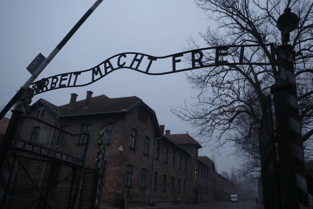 polen, auschwitz, koncentrationslejr, kz-lejr, tysk, nazister, 2. verdenskrig, hitler, benjamin nentanyahu, polen, israel, lov, krig, verdenskrig, holocaust,