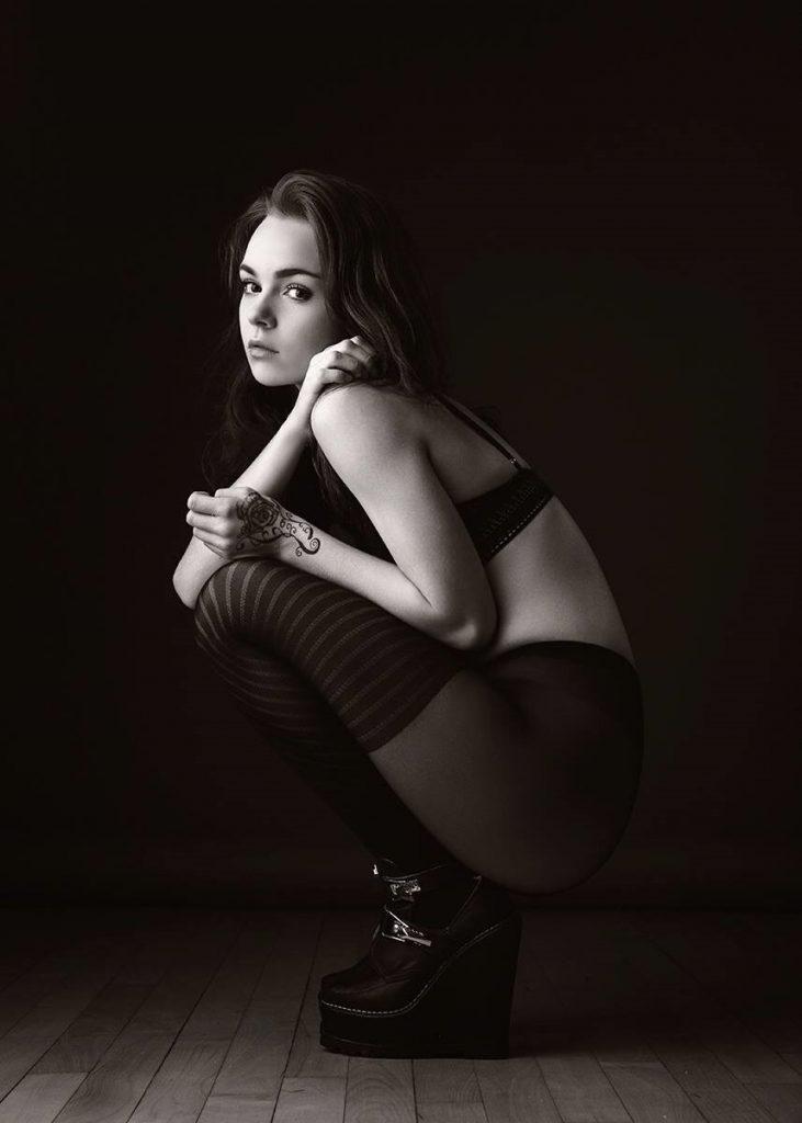 IMG_0009 freja rasmussen nude art nøgenmodel selvværd